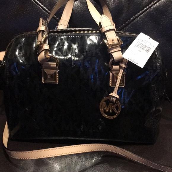 fa0a1caef93f8d Michael Kors Black patent leather Satchel. M_5b96ff135098a0e5d3348fe2
